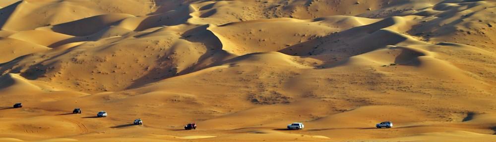 4x4 convoy in Liwa Dunes