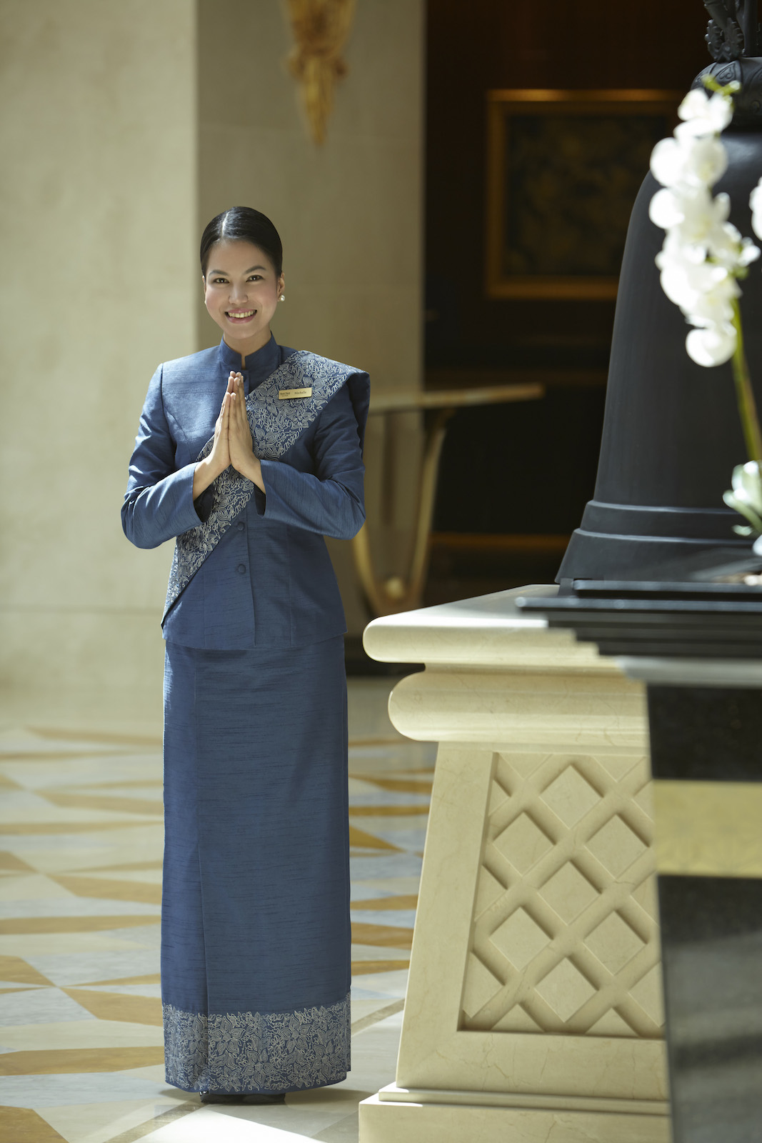 dusit-thani-abu-dhabi_services_hostess