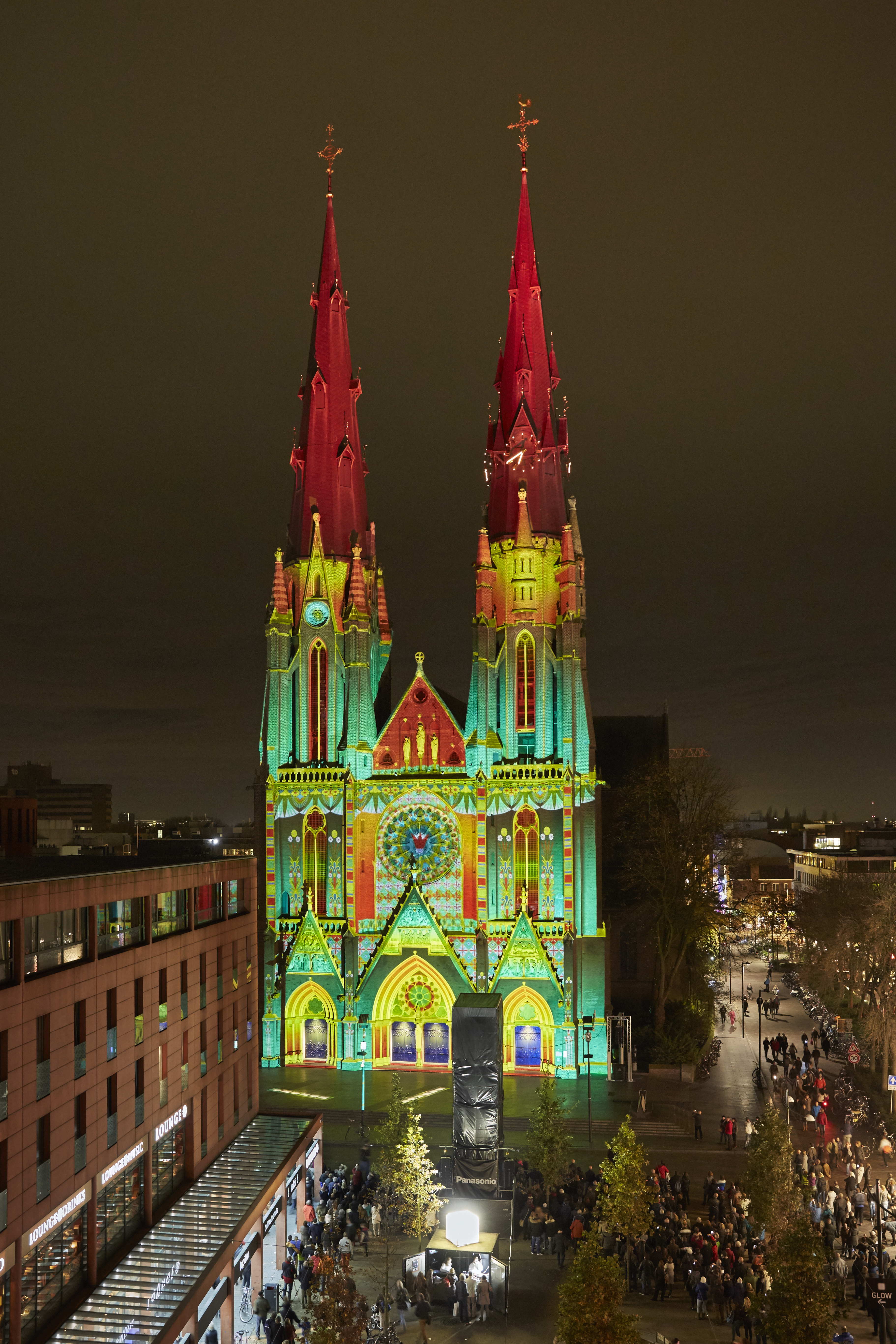 GLOW 2014 Catharinakerk Ad Lib Créations; The Enchanted Cathedral & The seasons. © Claus Langer