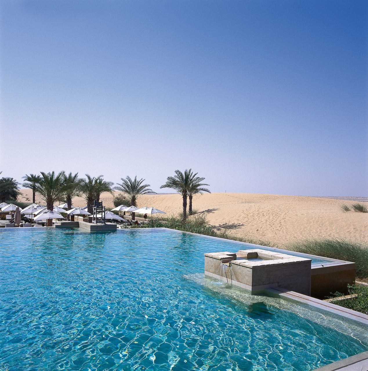 Pic 8 - Infinity Pool and Desert