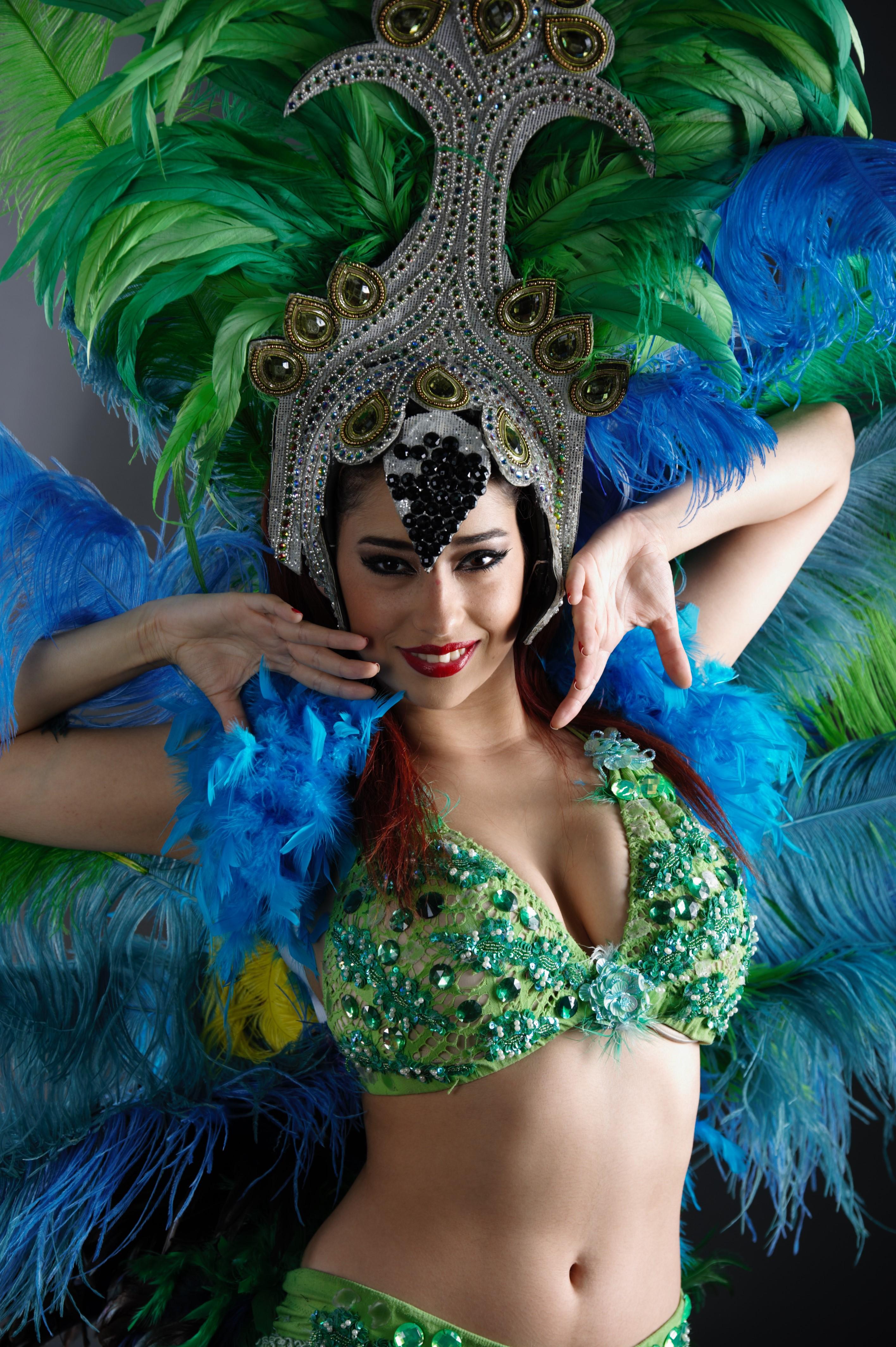 weekenduae BNF Latin Dancer