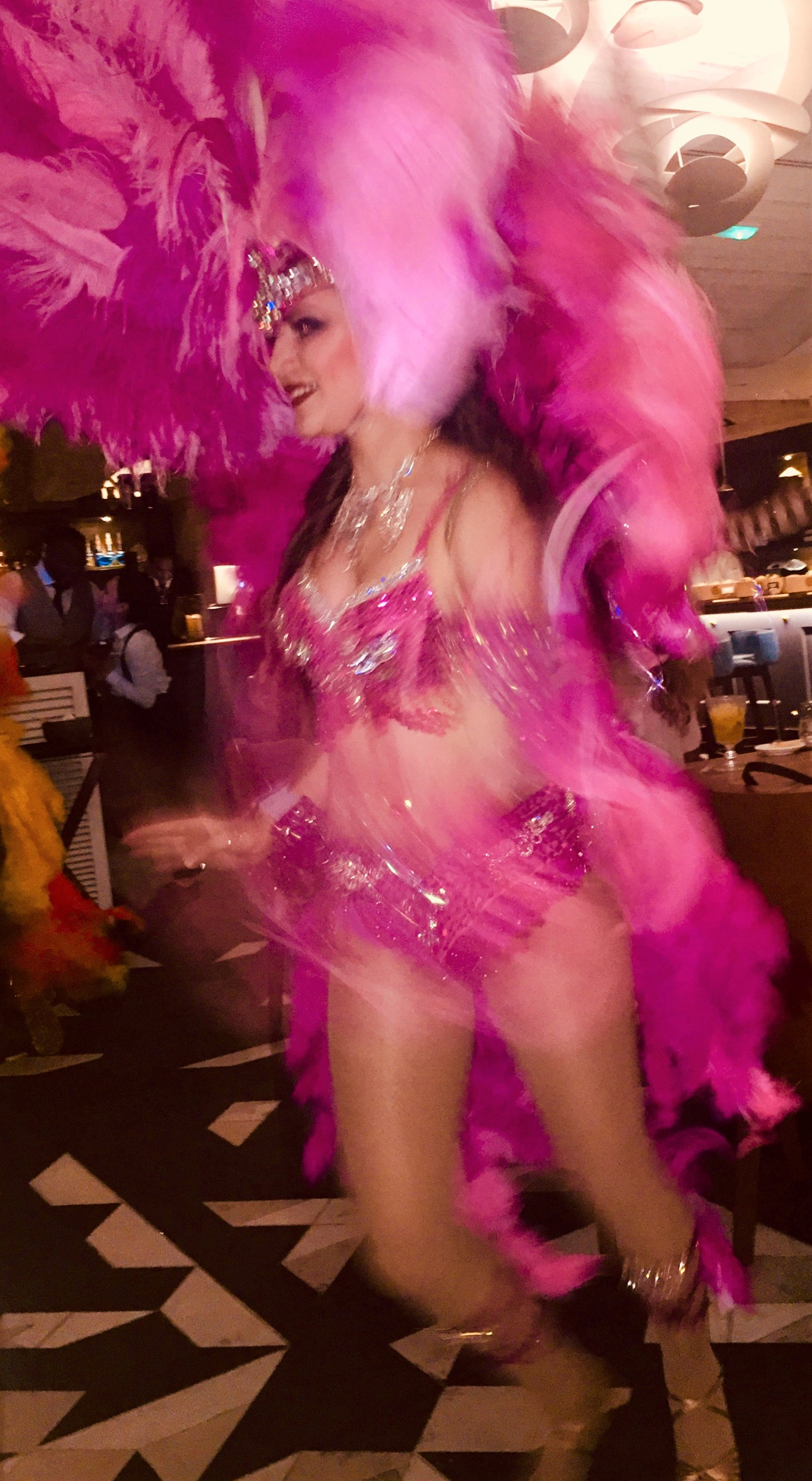 Weekenduae Latin Dancer Waka