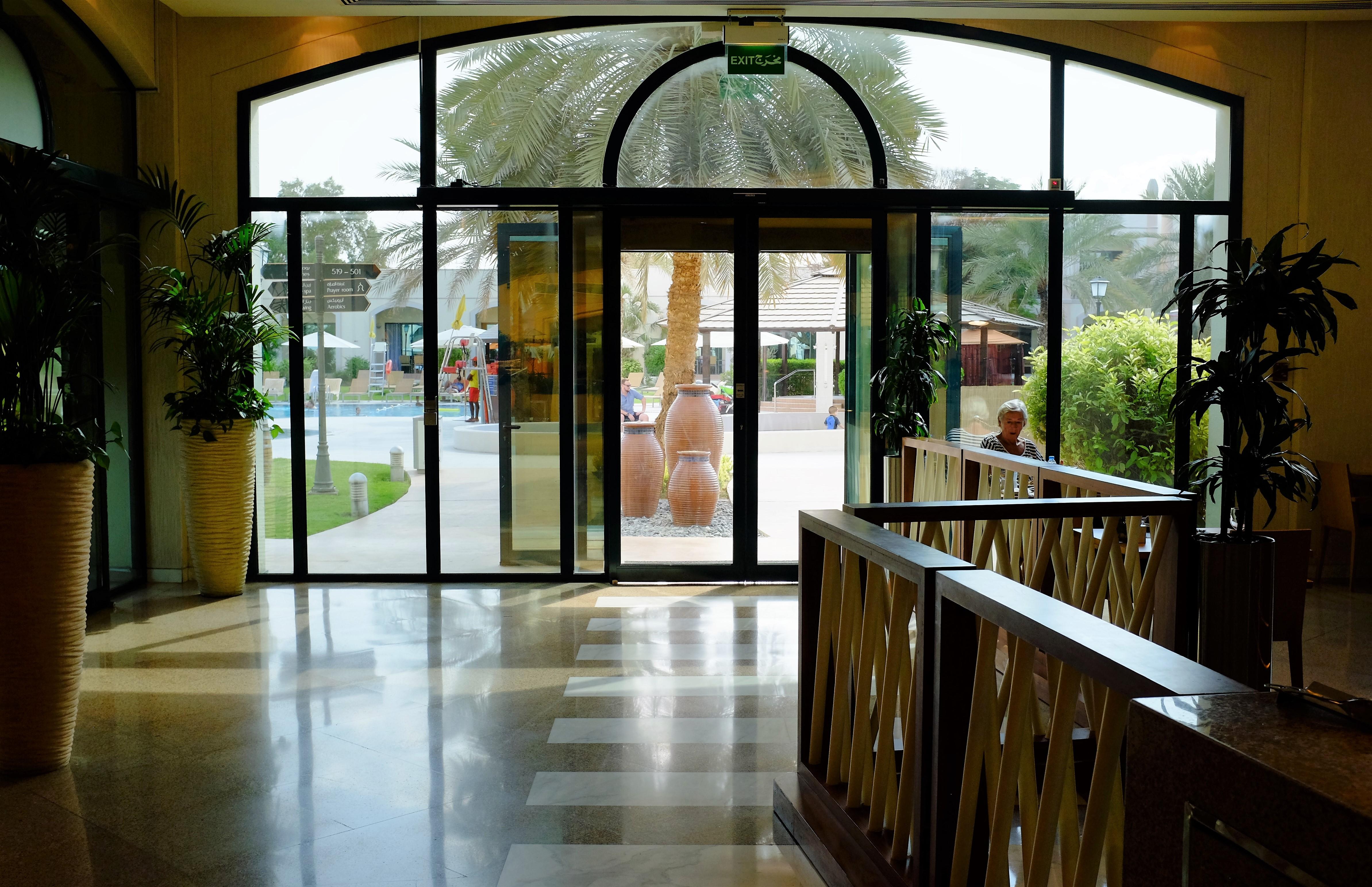 Friday Brunch at Zest, Al Ain Rotana